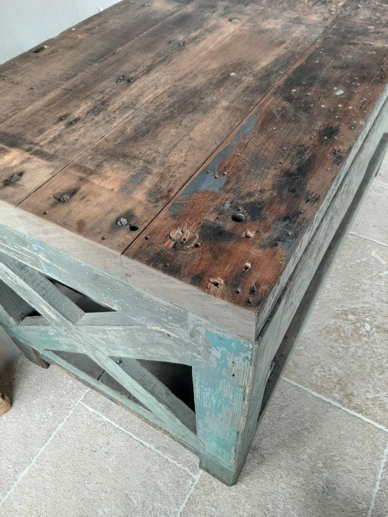 Very Large Dutch Workbench from the 1950s with Original Old Paint Remnants For Sale 3