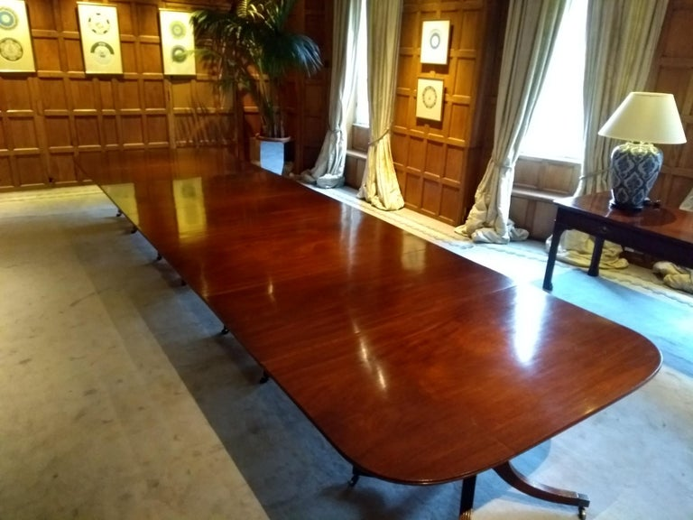 British Very Large George III Period Mahogany Four Pedestal Antique Dining Table For Sale