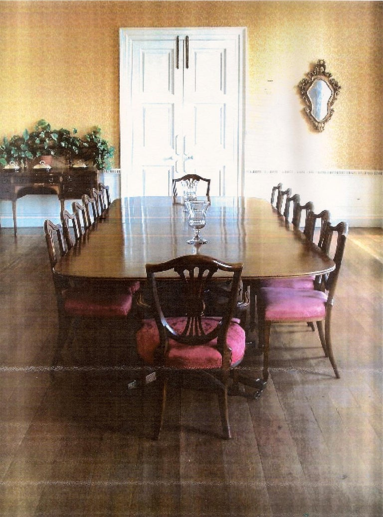 Very Large George III Period Mahogany Four Pedestal Antique Dining Table For Sale 4