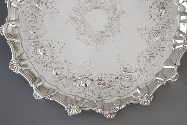 Very Large Georgian Silver Salver or Tray, London, 1810 For Sale 5