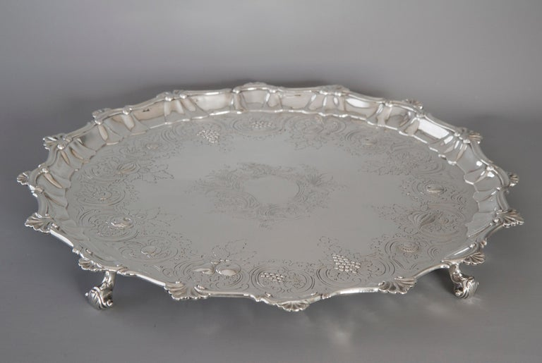 Very Large Georgian Silver Salver or Tray, London, 1810 For Sale 7