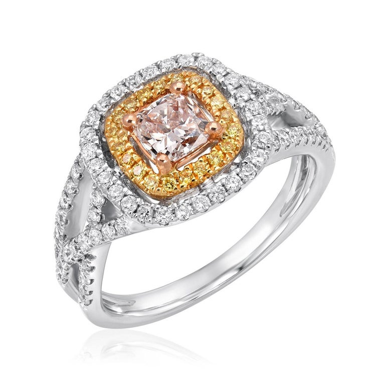 Pink Diamond Ring Cushion Cut 0.45 Carats GIA Certified In New Condition For Sale In Beverly Hills, CA