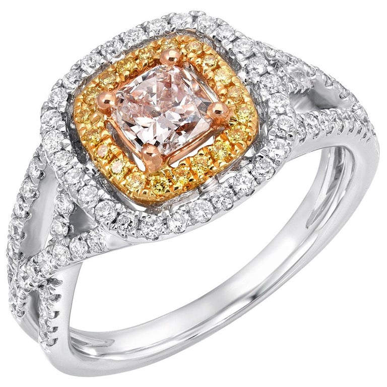 Pink Diamond Ring Cushion Cut 0.45 Carats GIA Certified For Sale