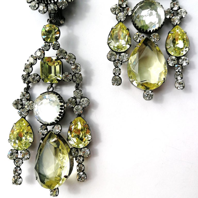 Very long clear and citrine paste drop earrings, Kenneth Jay Lane 1960s For Sale 1