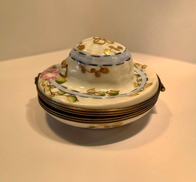 Hand-Painted Very Pretty Limoges France Hand Painted Porcelain Hat Shaped Trinket Box For Sale