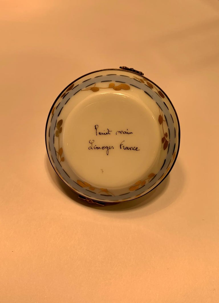 Very Pretty Limoges France Hand Painted Porcelain Hat Shaped Trinket Box For Sale 2