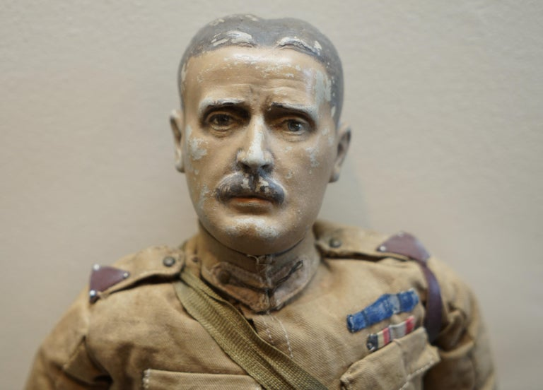 Very Rare 1898-1914 British Patriotic Propaganda Doll of Lord Horatio Kitchener For Sale 6
