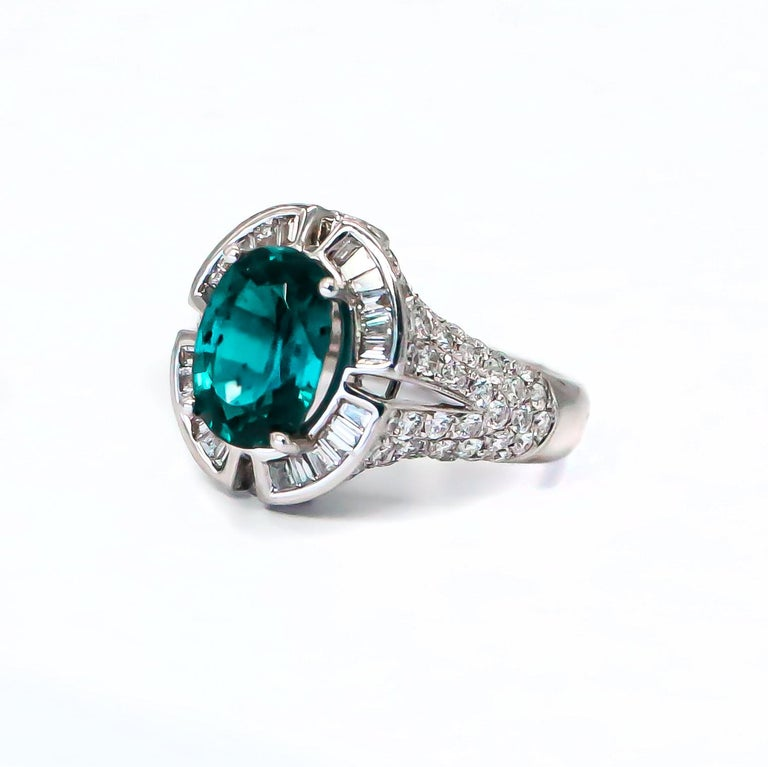 Round Cut Very Rare 4.50 Carat Teal Kyanite Ring For Sale