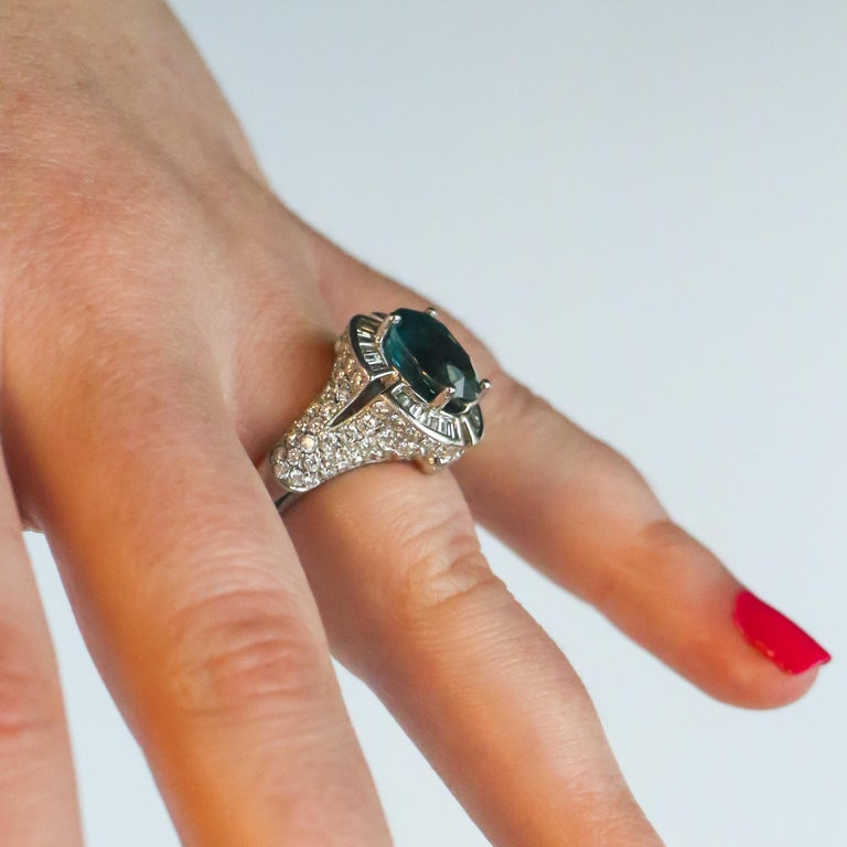 Very Rare 4.50 Carat Teal Kyanite Ring In Excellent Condition For Sale In Carlsbad, CA