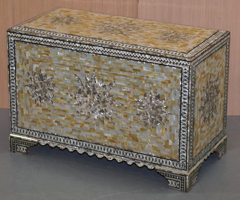 Modern Very Rare Absolutely Sublime Mother of Pearl Chest of Trunk with Mahogany Lining For Sale