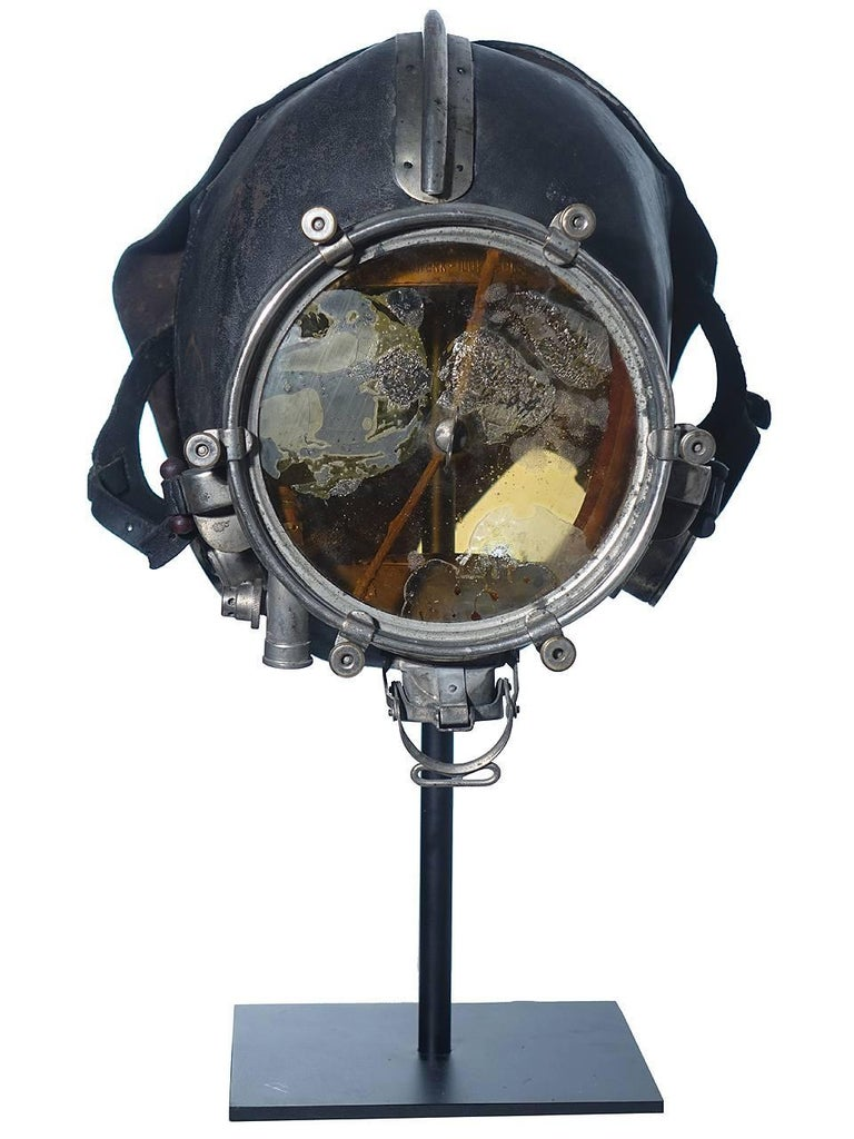20th Century Very Rare and Important 1910 Drager Smoke Mask For Sale