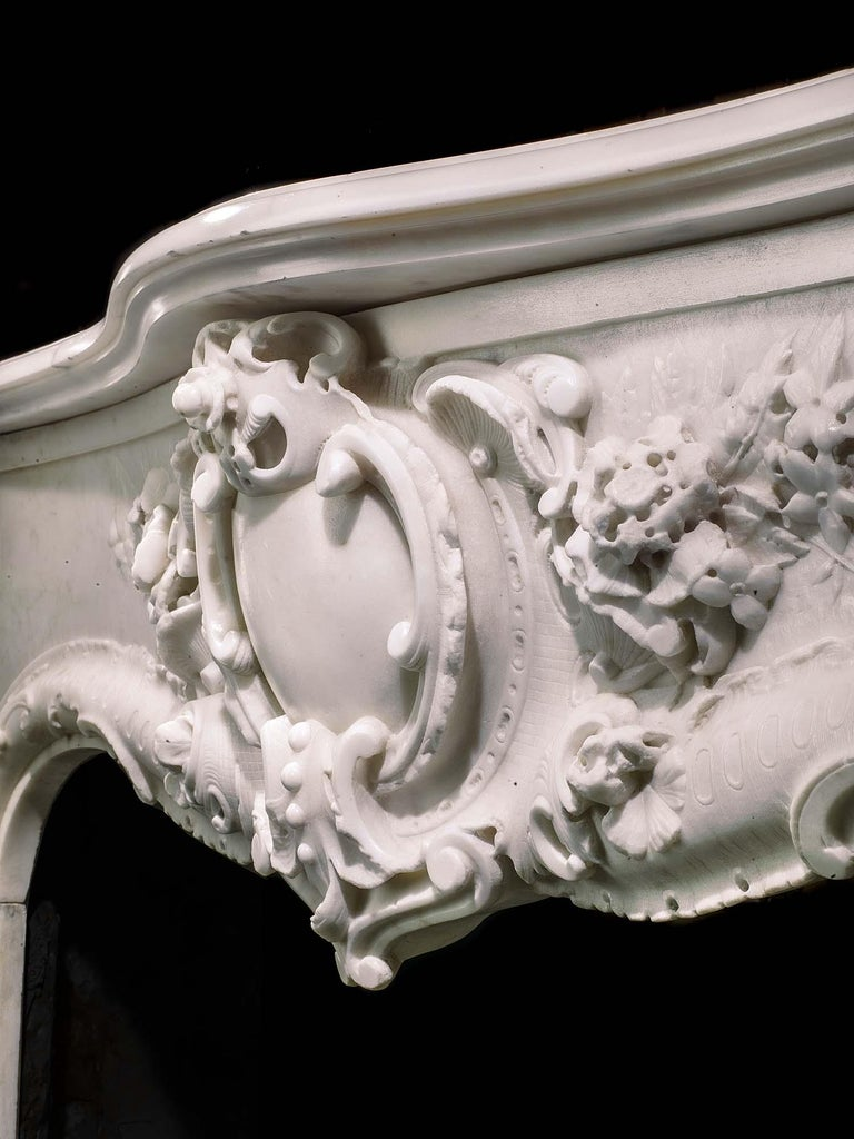 Very Rare and Important Mid-18th Century English Rococo Marble Fireplace Mantel For Sale 3