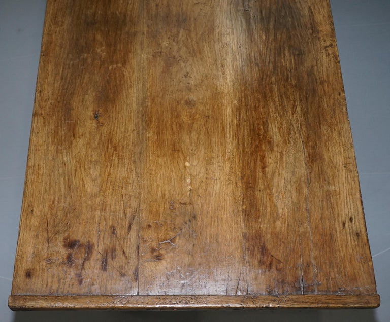 Very Rare Charles I 1630 Oak Refectory Dining Hall Table, Plaish Hall Shropshire For Sale 2