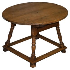 Very Rare circa 1780 Country House Pine Round Dining Table Large Single-Drawer