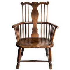 Thames Valley Fruitwood and Elm Windsor Chair, Early 18th Century