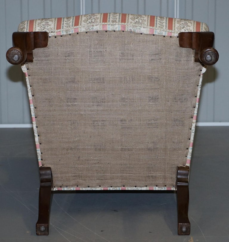 Very Rare Fully Restored Howard & Son's Walnut Wingback Armchair Regency Stripe For Sale 10