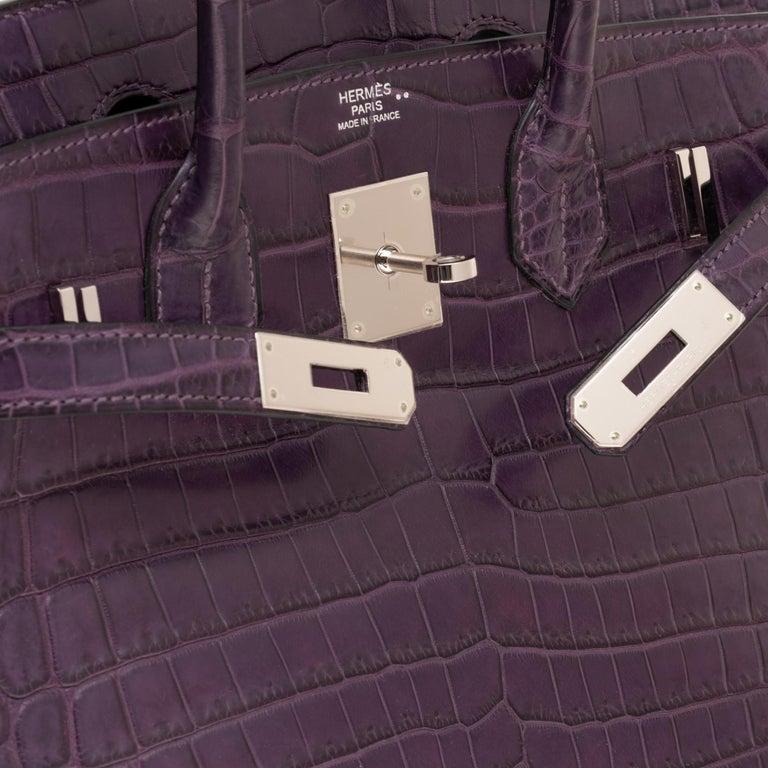 Women's Very Rare Hermès Birkin 30 handbag in Croco Nilo Améthyste, PHW For Sale