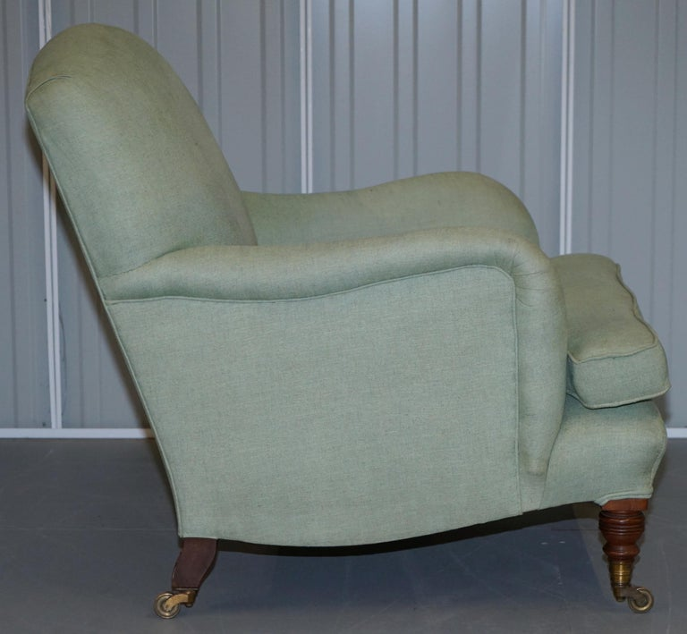 Very Rare Howard & Son's Fully Stamped Bridgewater Armchair Original Castors For Sale 2