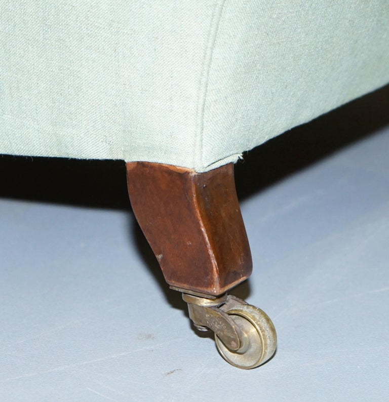 Very Rare Howard & Son's Fully Stamped Bridgewater Armchair Original Castors For Sale 7