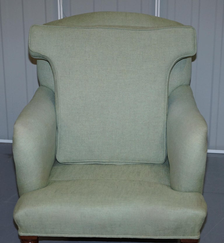 Very Rare Howard & Son's Fully Stamped Bridgewater Armchair Original Castors For Sale 8