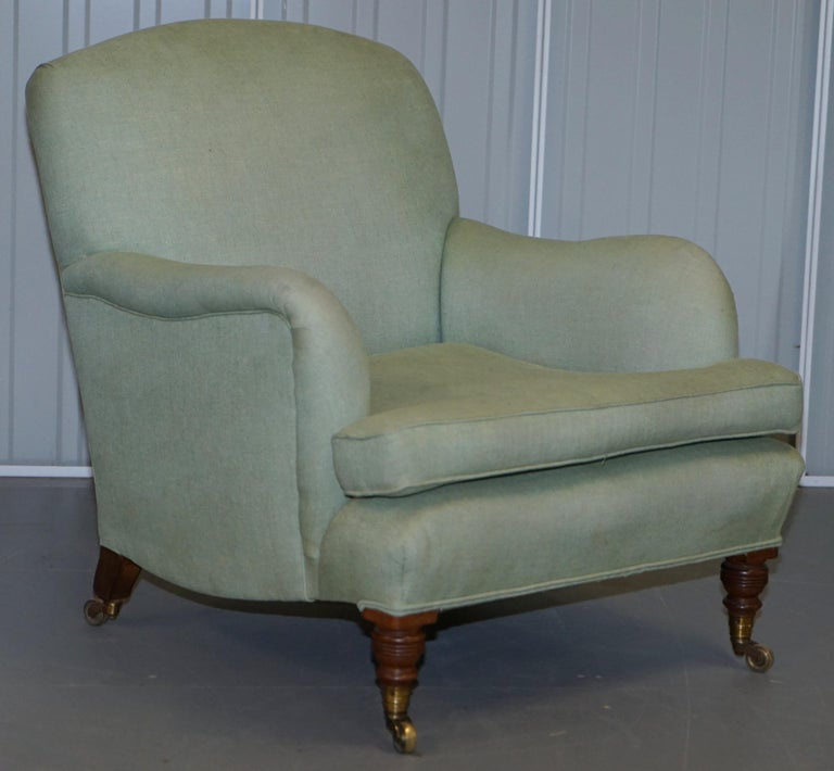 English Very Rare Howard & Son's Fully Stamped Bridgewater Armchair Original Castors For Sale