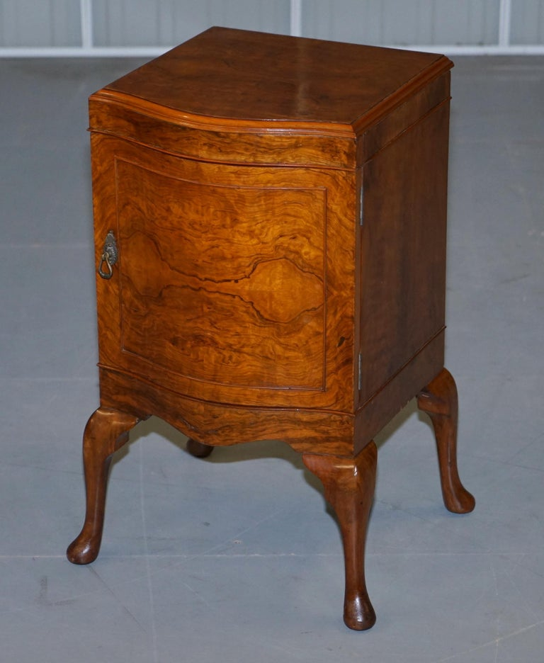 Hand-Crafted Very Rare Maurice Adams Art Deco Burr Walnut Bedside or Side End Lamp Wine Table For Sale