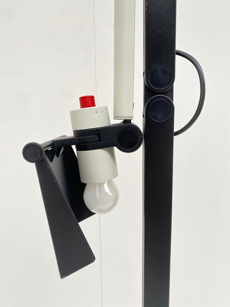 Very Rare Published Ettore Sottsass Jr. Design Floor Lamp for Erco Germany, 1973 For Sale 6