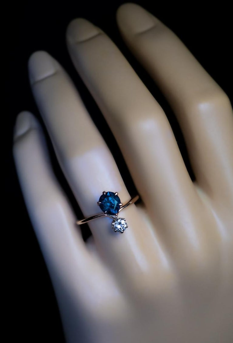 Women's Very Rare Russian Alexandrite and Diamond Engagement Ring For Sale