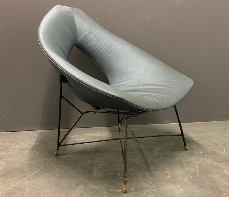 Very Rare Variation of the Famous Cosmos Chair by Augusto Bozzi For Sale 2