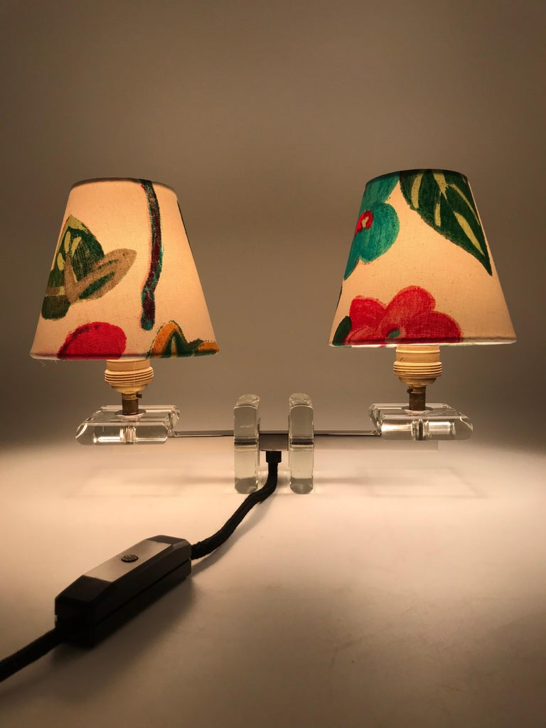 Very Stylish French Art Deco Table Lamp in Glass For Sale 2