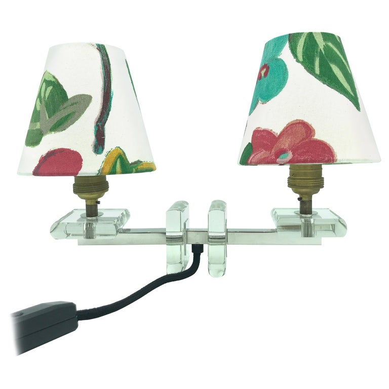 Very Stylish French Art Deco Table Lamp in Glass For Sale