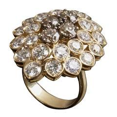 Veschetti 18 Karat Yellow Gold, Fancy Yellow Brown and White Diamond Ring