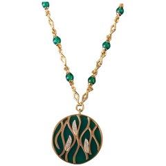 Veschetti 18 Karat Yellow Gold, Green Agate, Diamond Necklace