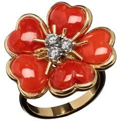 Veschetti 18 Karat Yellow Gold Red Coral Diamond Ring