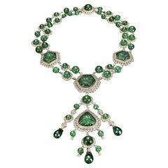 Veschetti 18 Kt Yellow Gold, Emerald, Diamond Necklace