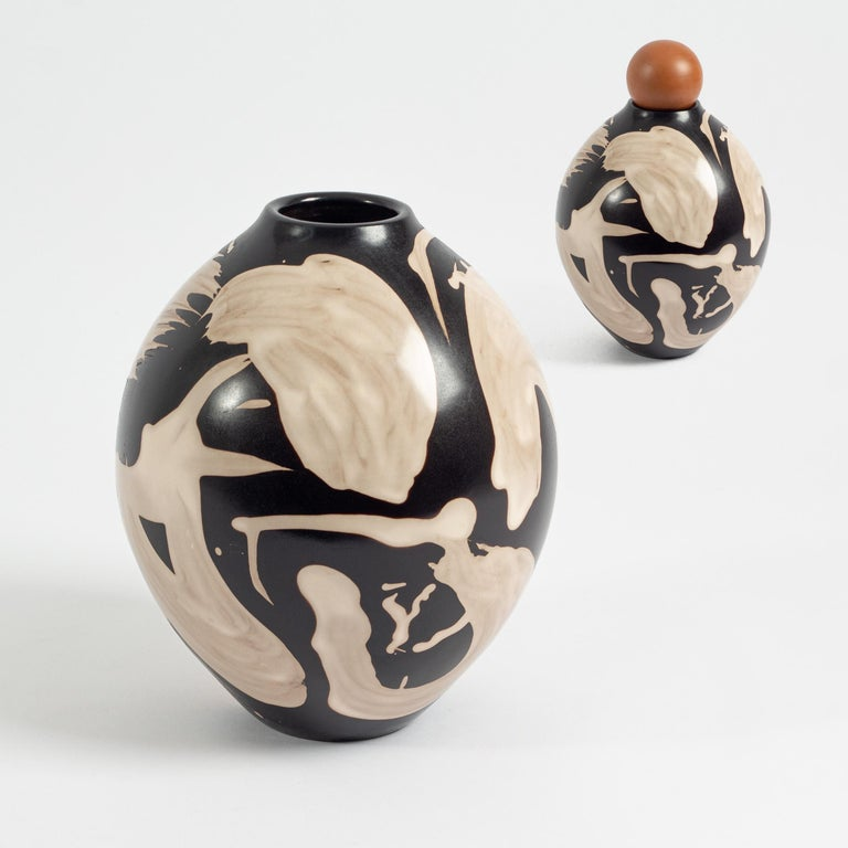 Studio Altar designed a limited edition of contemporary Peruvian pottery that showcases the line of the Vicus ceremonial water vessels, and the tradition of the north Peruvian pottery.