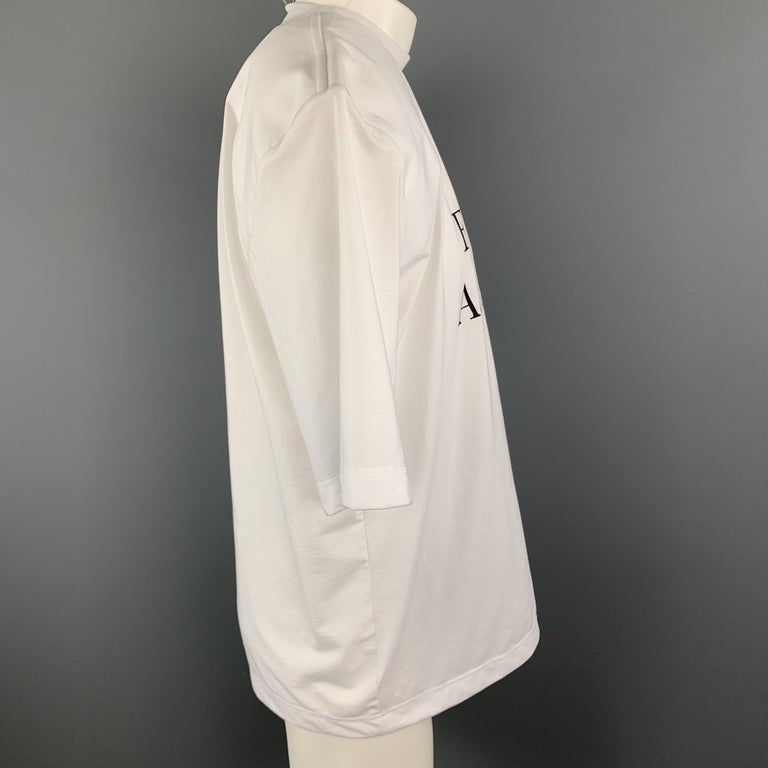 VETEMENTS Size XS White YOU FUCK'N ASSHOLE Shoulder Pad T-Shirt For Sale 1
