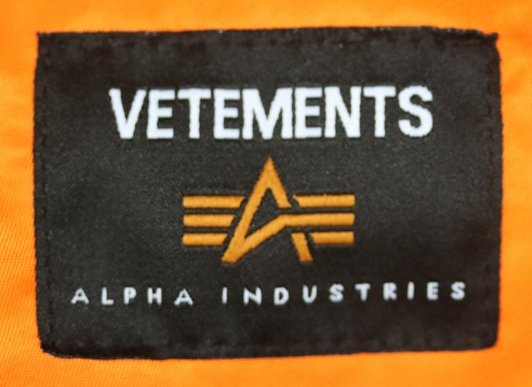 Vetements X Alpha Industries Wendbare Bomber Jacket For Sale 1