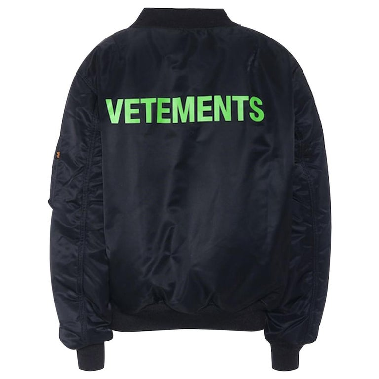 Vetements X Alpha Industries Wendbare Bomber Jacket For Sale