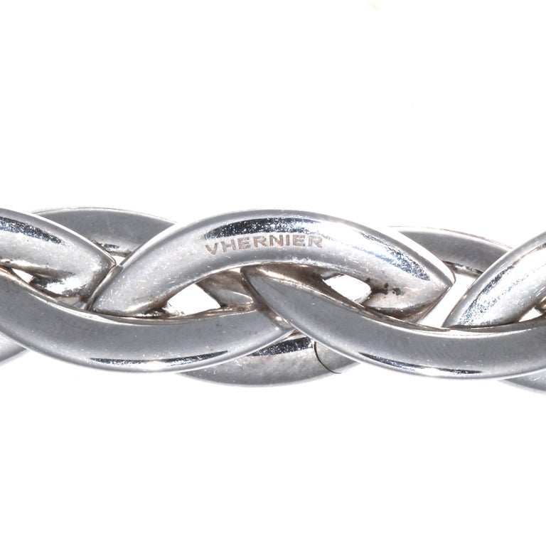 Round Cut Vhernier Doppio Senso Diamond 18 Karat Necklace For Sale