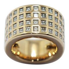 Vhernier Firenze Ring 60 Carré 7.2 Carat Diamonds Ring in 18 Karat Yellow Gold