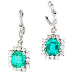 Vibrant 3.96 Carats Colombian Emerald Diamond 18 Karat Gold Cluster Earrings GIA