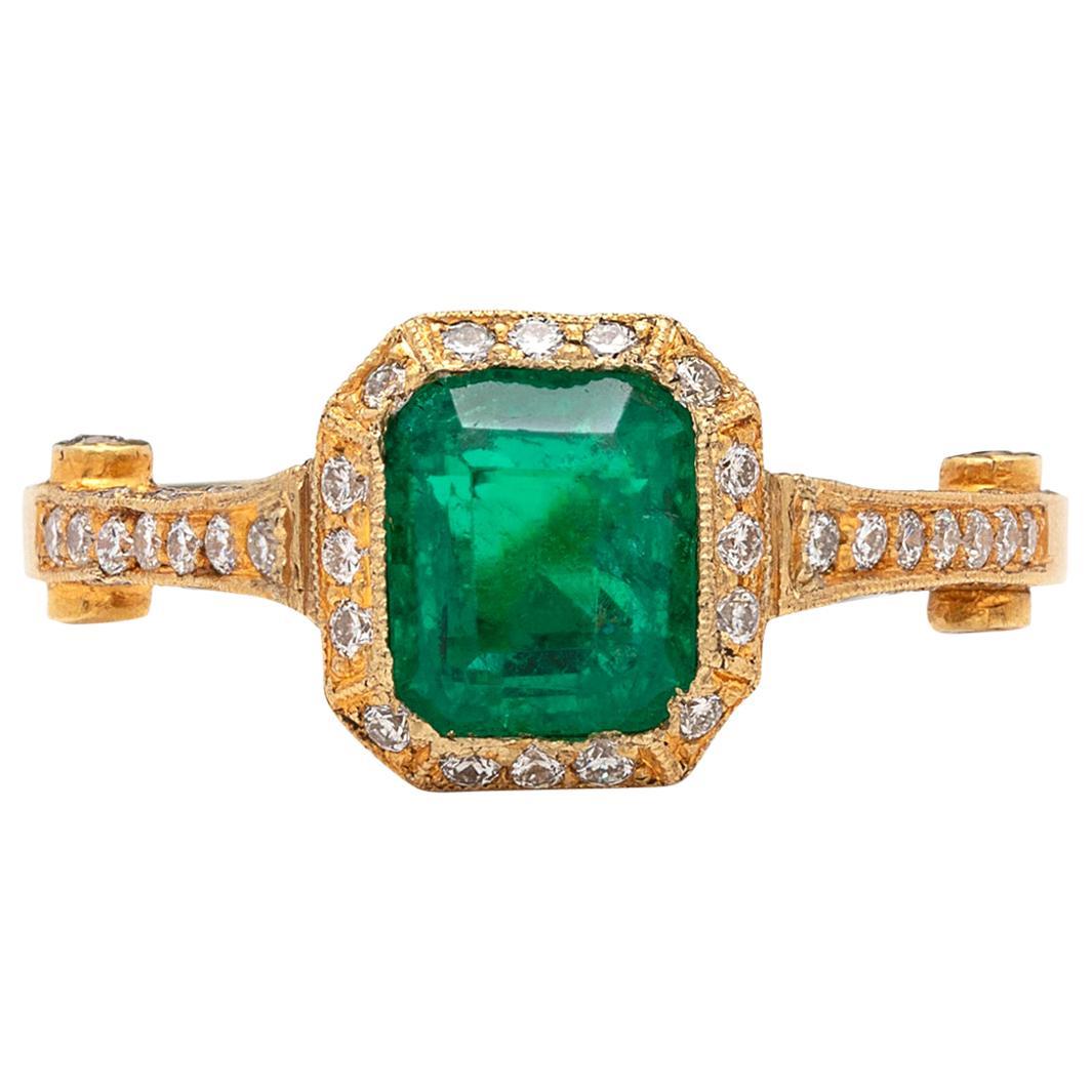 Vibrant Colombian Emerald Diamond Ring