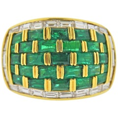 Vibrant Emerald and Diamond Yellow Gold Dome Ring