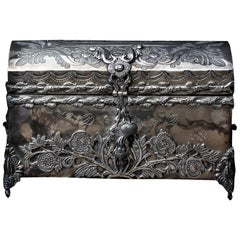 Viceregal Chiseled Silver Casket, Decorated with Organic Motifs