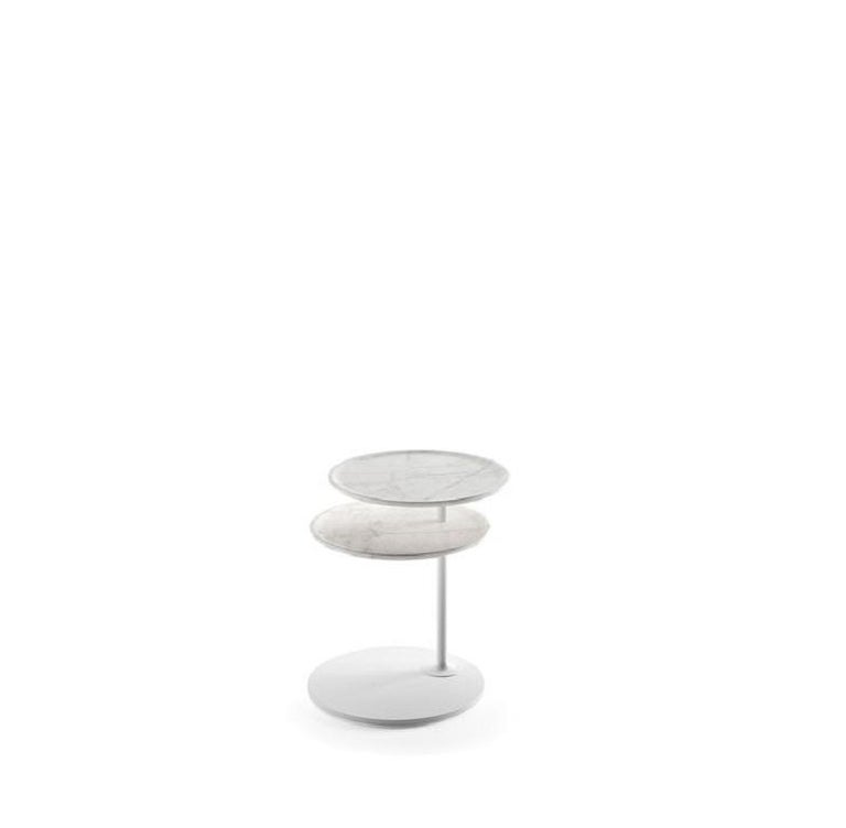 A sophisticated mechanism for traverse movement coffee table.  Design Foster + Partners 100% made in Italy.