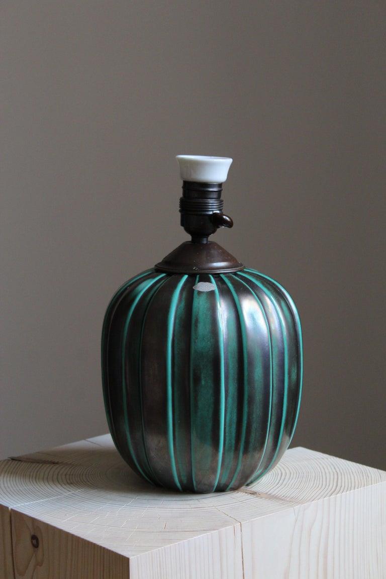Organic Modern Vicke Lindstrand, Table Lamp, Brass Glazed Stoneware, Upsala-Ekeby, Sweden 1940s For Sale