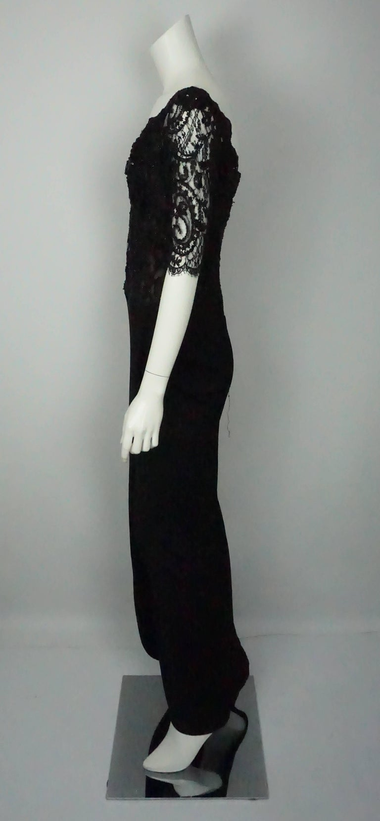 Vicky Tiel Black Lace Beaded and Silk Off Shoulder Gown - 6  This beautiful Vicky Teal piece is in excellent condition. The top of the dress is a lace beaded corset that is lined in silk and goes all the way to the waist and has three quarter