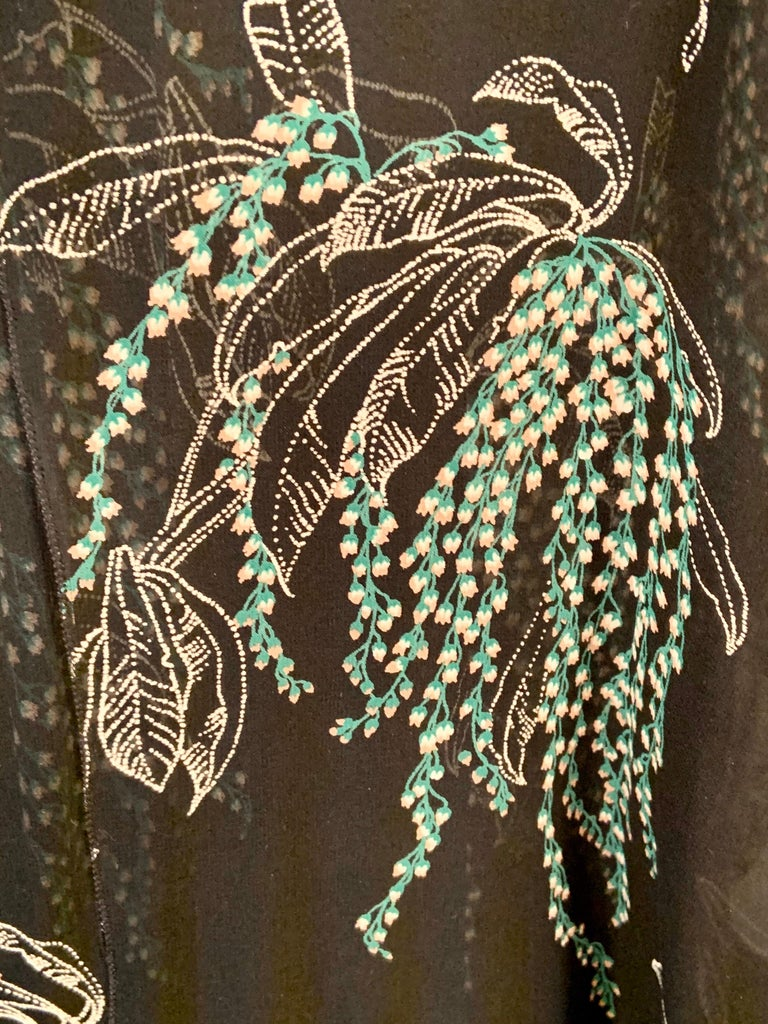 Women's Vicky Tiel, Paris Lily of the Valley Printed Tiered Floating Silk Chiffon Dress