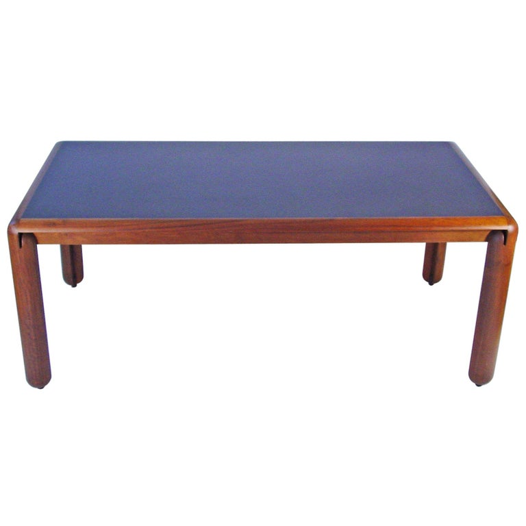 Vico Magistretti 781 Dining Table For Cassina, Italy 1967 For Sale